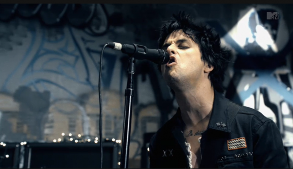 Green Day Premiere 'Oh Love' Video